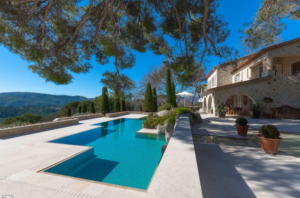 Purchase / Sale unique property in Mougins