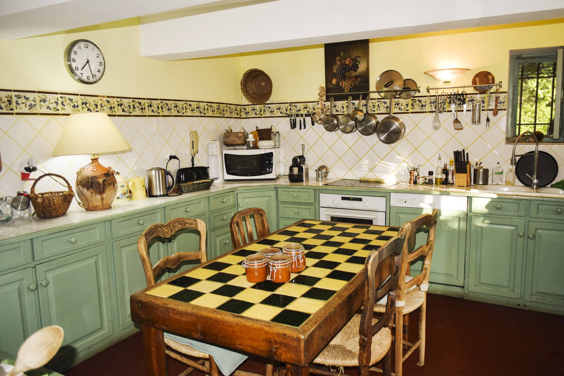 kitchen  renovated country house on 8 ha, swimming pool, caretaker's house, aups var, provence