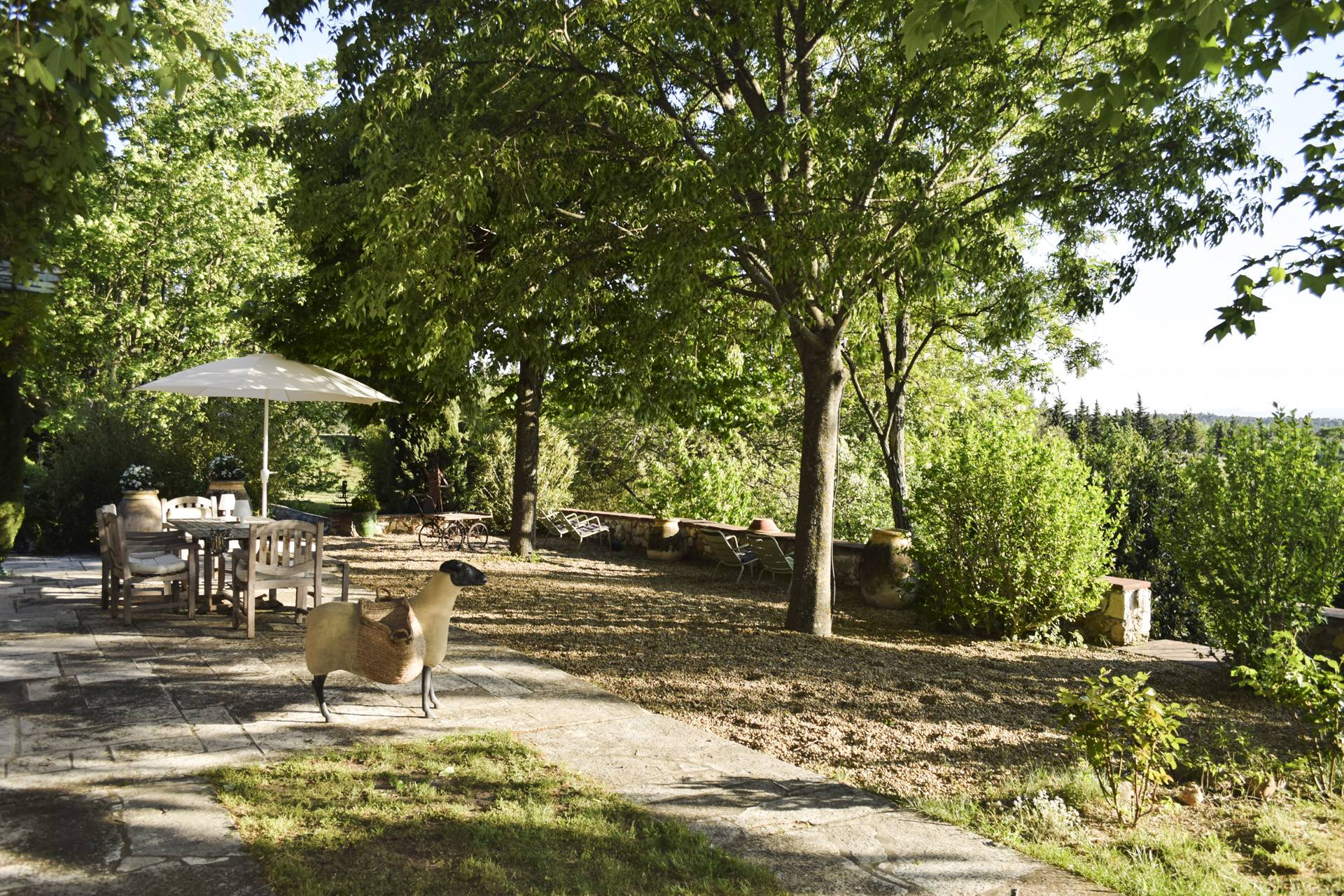 terrace view 1 renovated country house on 8 ha, swimming pool, caretaker's house, aups var, provence