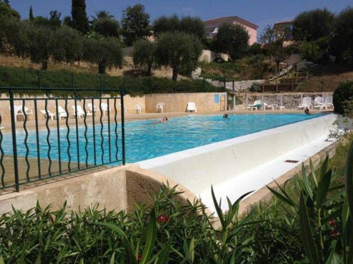 EXCLUSIVITE Bellet Villa de  160 M² dans un Domaine prestigieux avec piscine