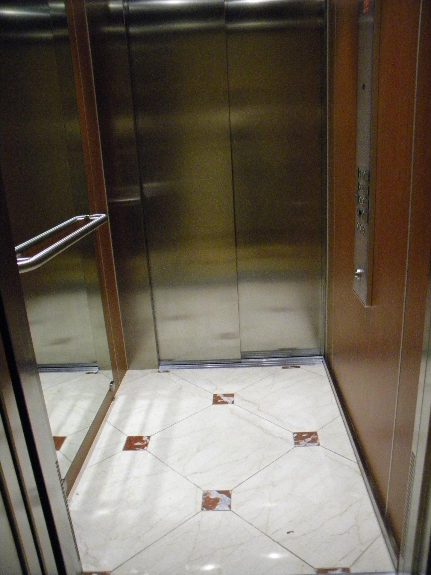 3 Pièces en avant dernier étage