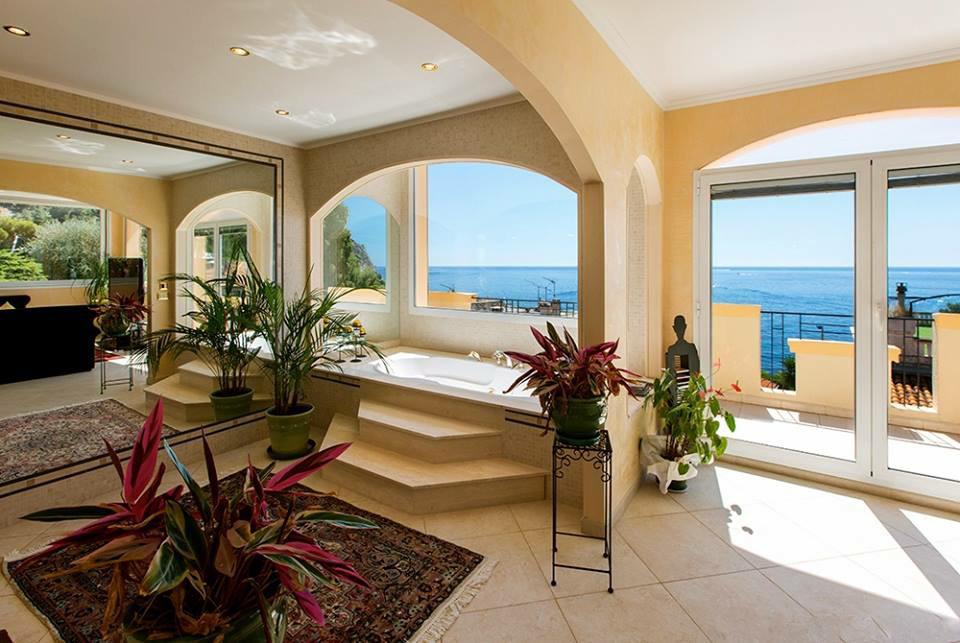 Villa 4 Rooms Èze Bord De Mer