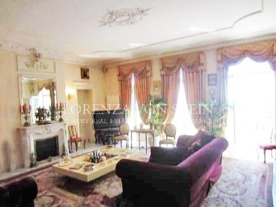 Living-room, natural light, fireplace