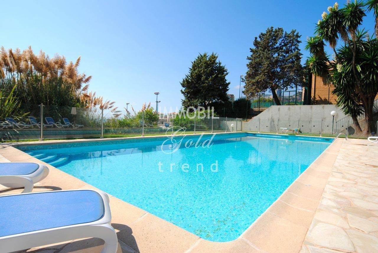 Immobilier Roquebrune Cap Martin | A vendre, spacieux appartement dans une résidence prestigieuse très proche de Monaco