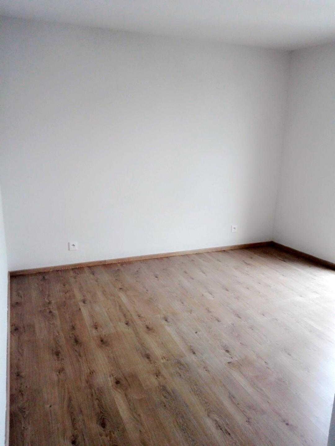 Dernier étage, beau 2p de 41 m² + 1 parking