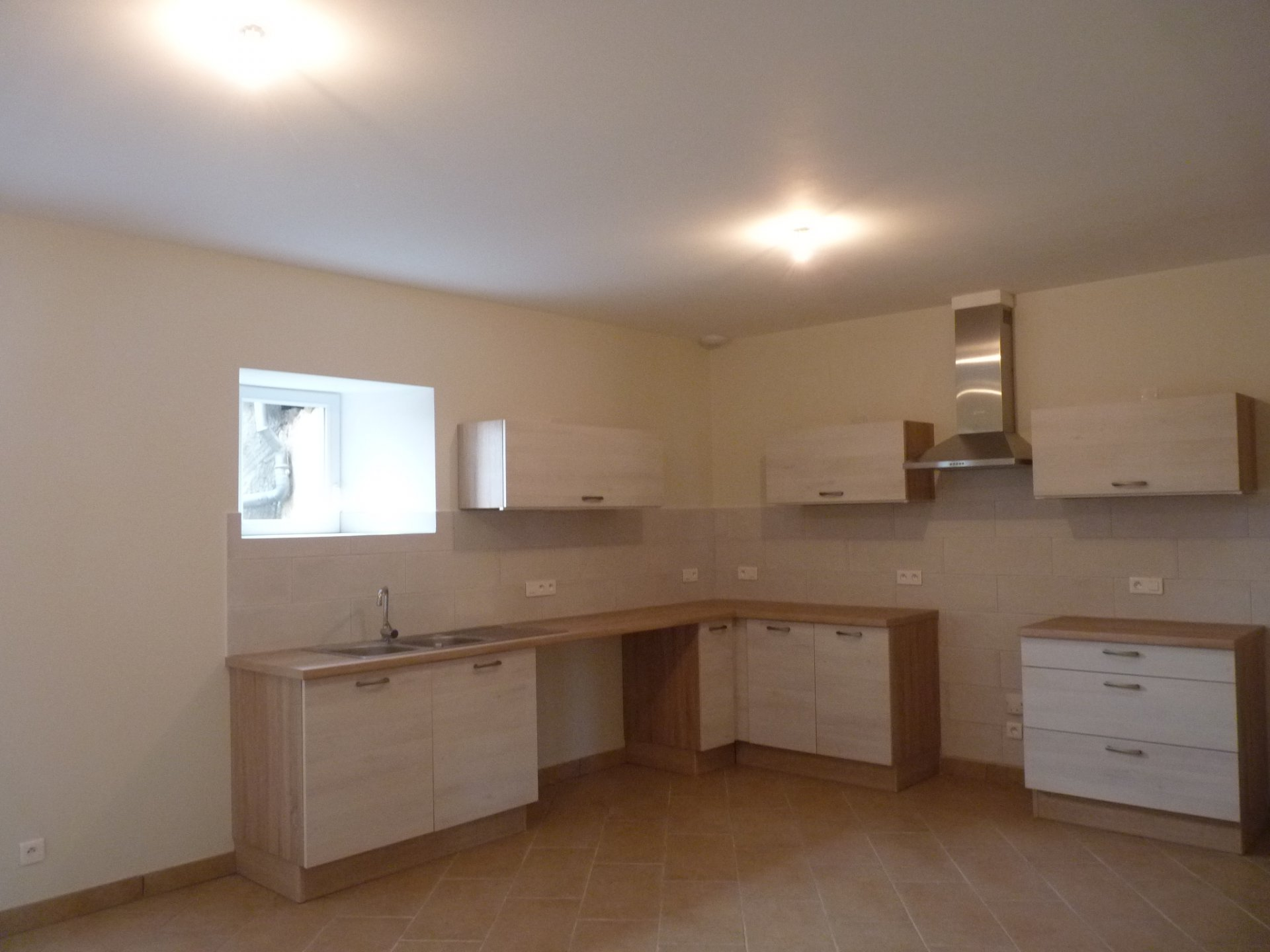 Newly renovated house T4 in Aurignac