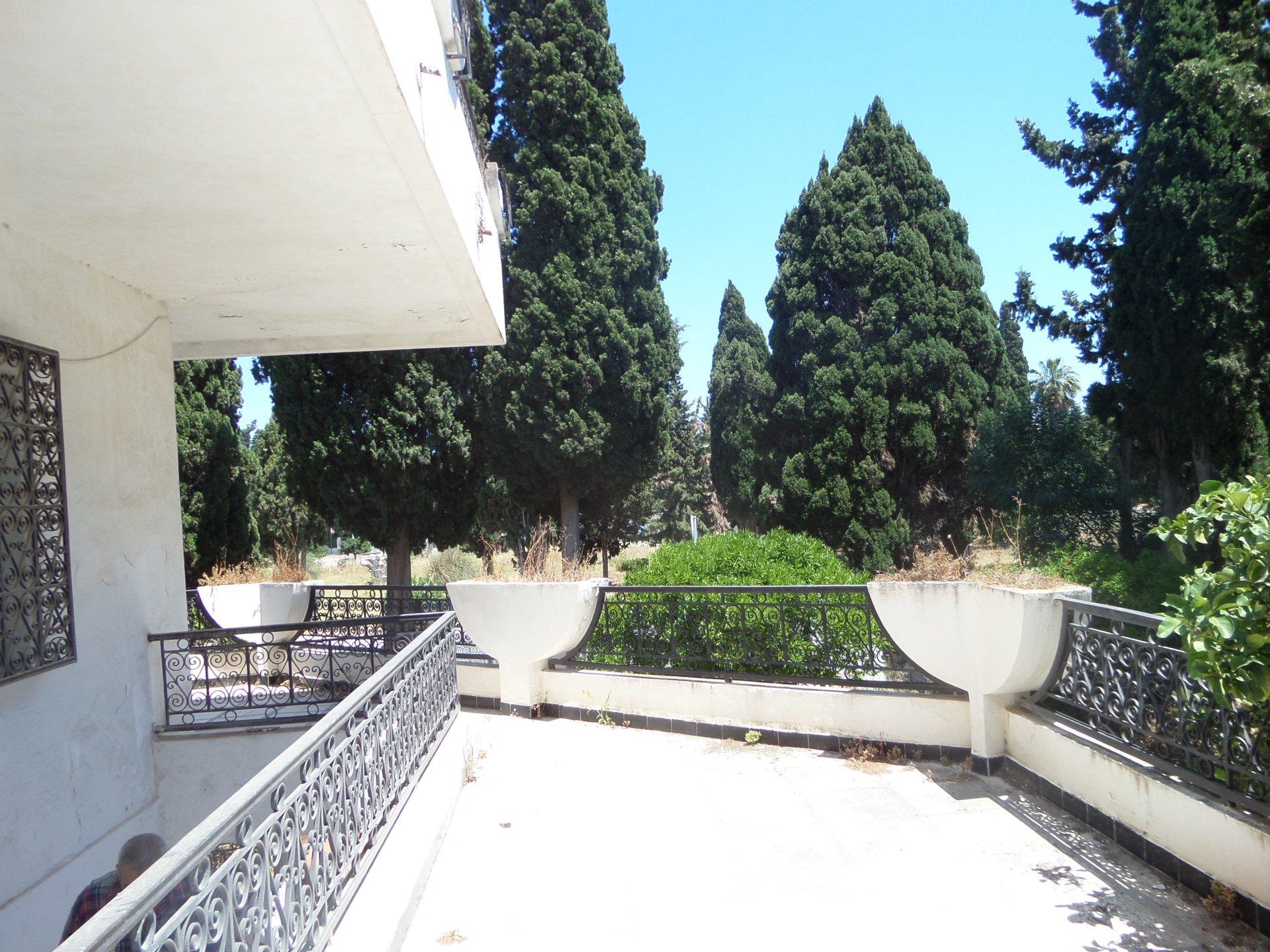A vendre une villa à Carthage Amilcar