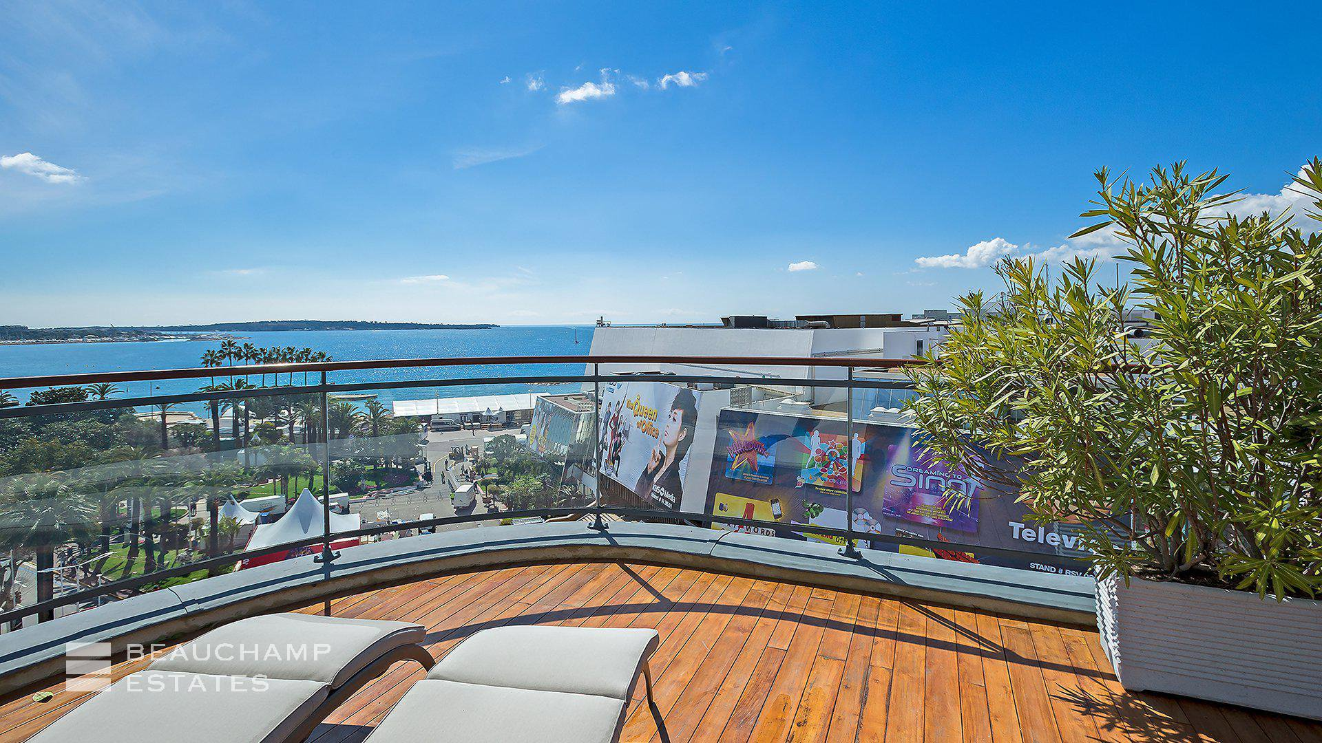 Amazing Penthouse in Cannes Croisette
