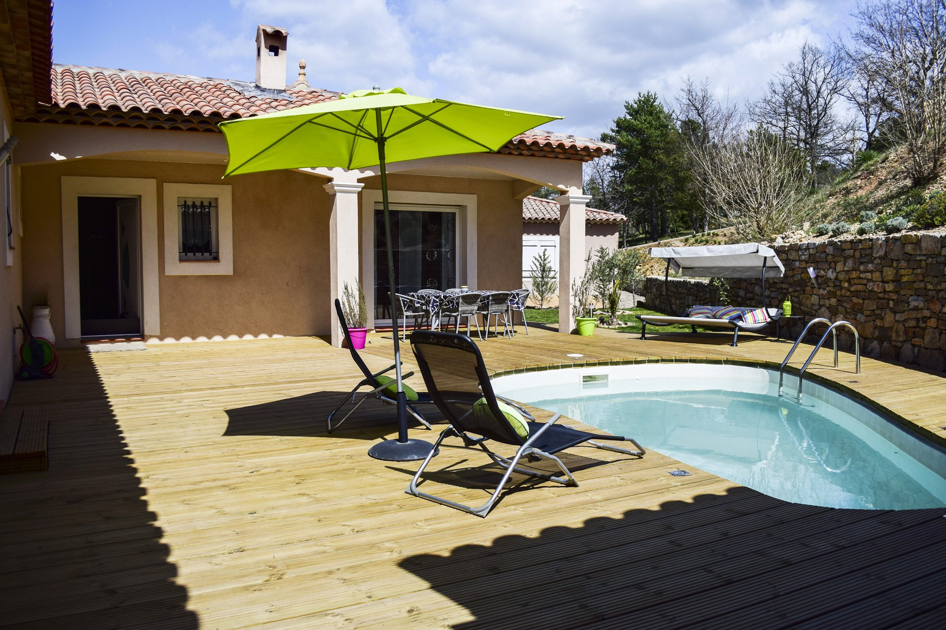 nice wooden terrace with swimming pool, Tourtour Var Provence