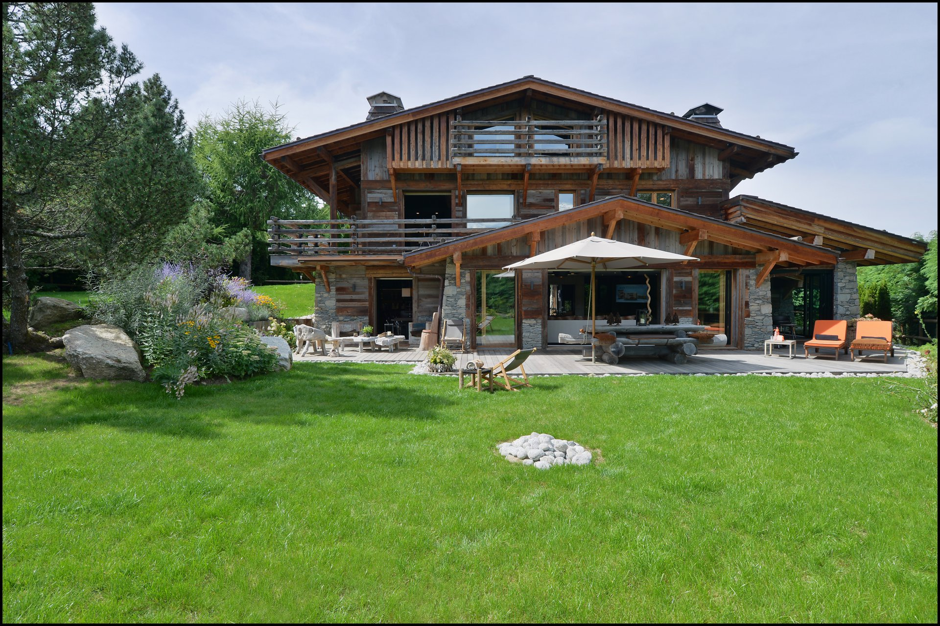 Combloux accommodation chalets for rent in Combloux apartments to rent in Combloux holiday homes to rent in Combloux