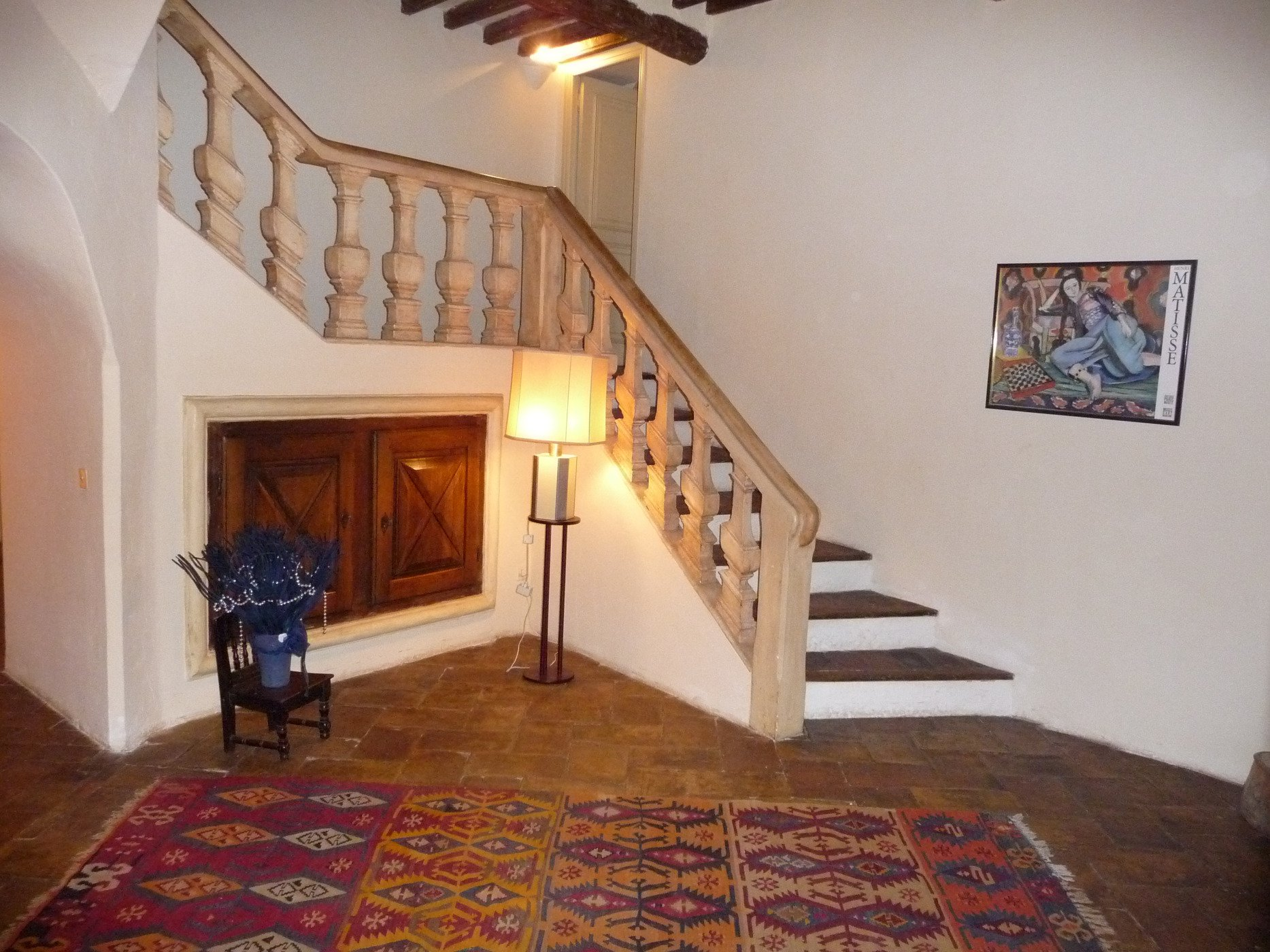 Saint-Paul village, large duplex 275 m², very beautiful volumes, lots of charm