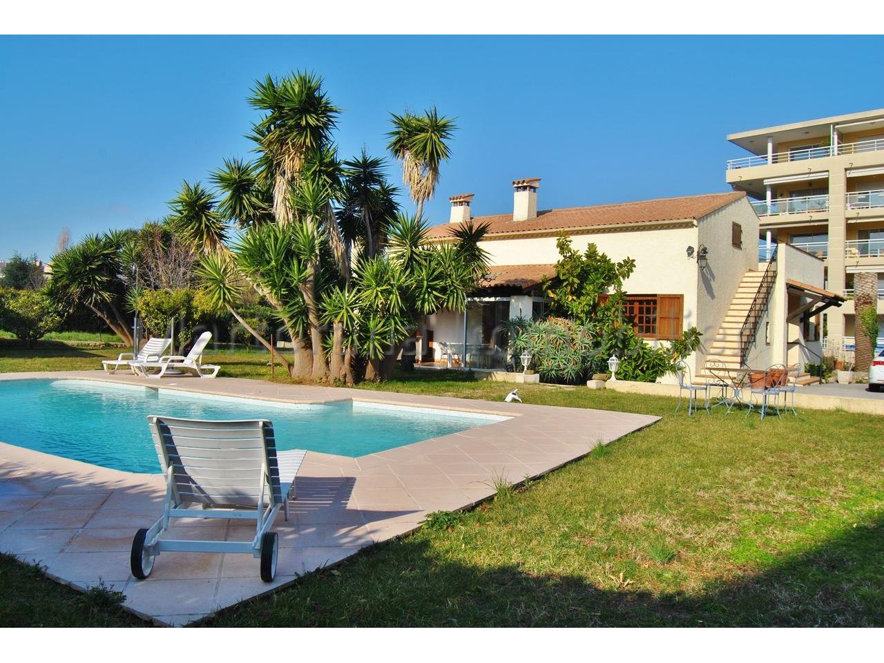 Sale House - Antibes Saint Jean