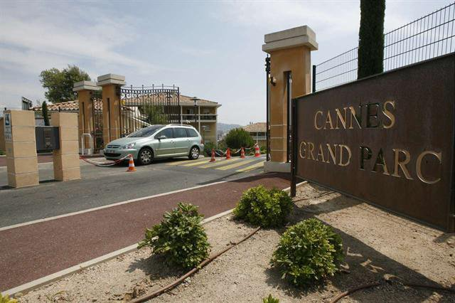 PARKING CANNES - GRAND PARC