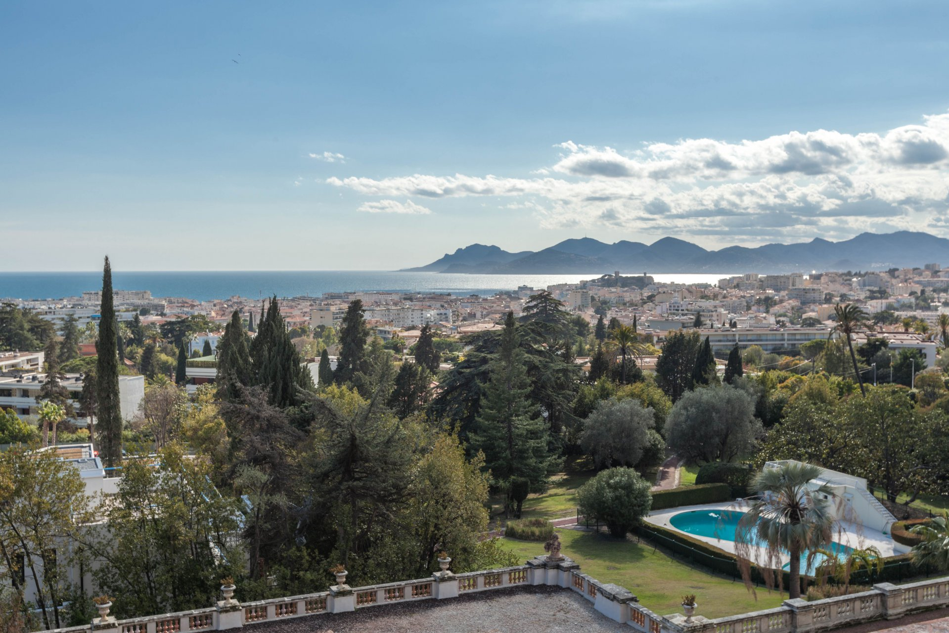 CANNES OXFORD VENTE APPARTEMENT 4P 128 M² VUE MER PANORAMIQUE