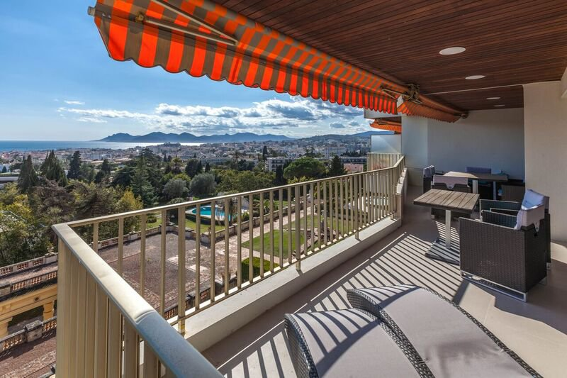 CANNES OXFORD 4P 128M² SEA VIEW