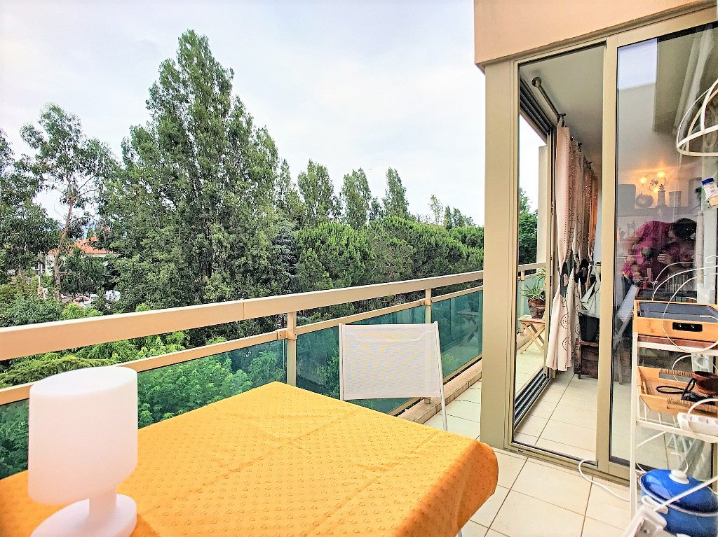 Cannes Vallergues - 2 Rooms top floor