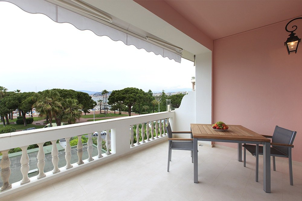 Seasonal rental Apartment - Cannes 96 Croisette
