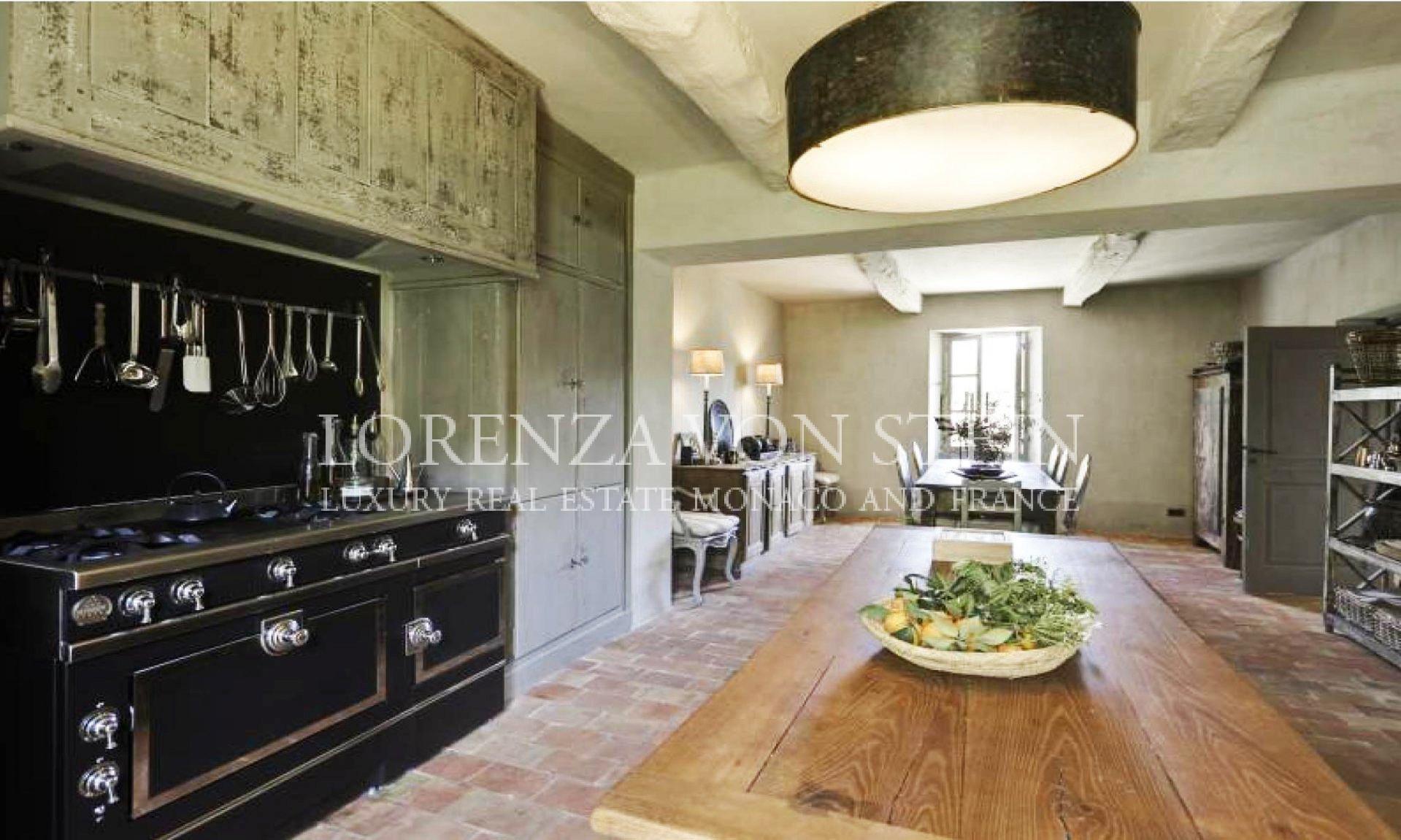 Продажа Дом - Рокфор-ле-Пен (Roquefort-les-Pins)