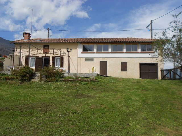 Sale Farmhouse - HERRAN
