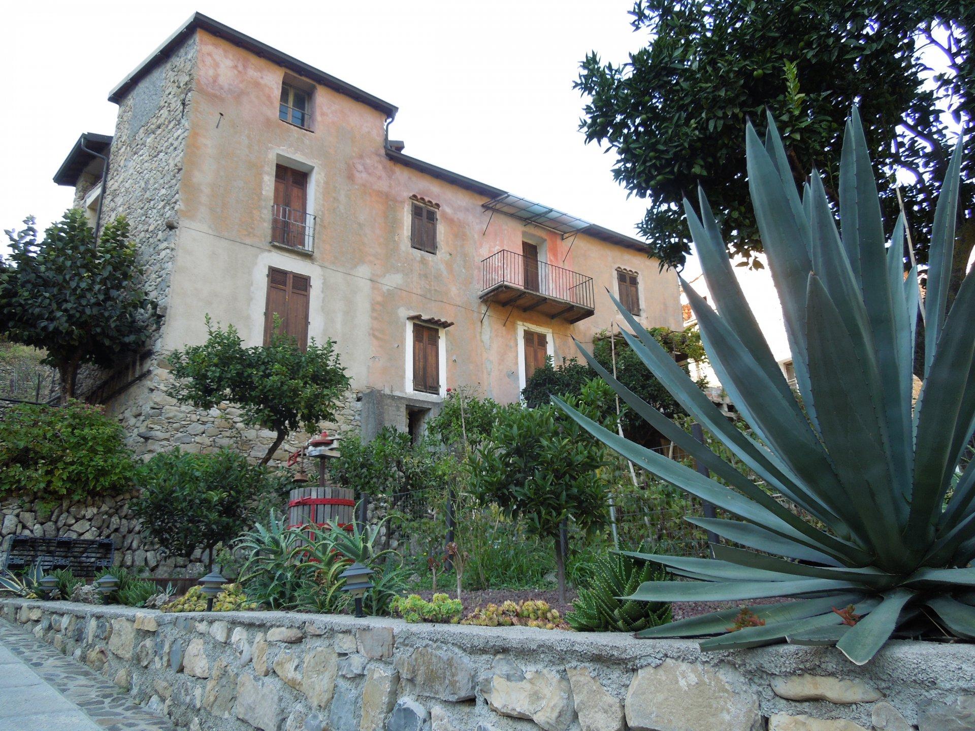Maison A Renover Italie vente maison - vintimille (ventimiglia) torri - italie torri