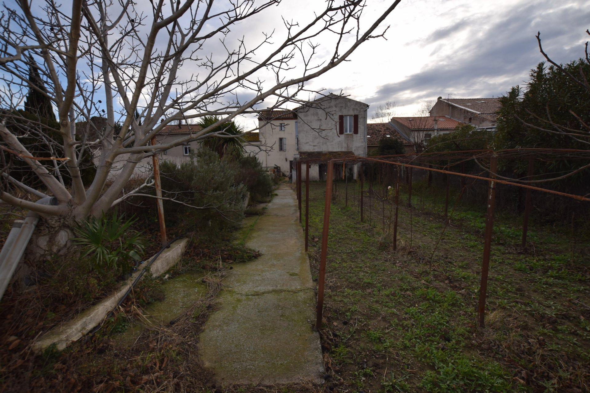 Maison bourgeoise sur 1000m² de terrain