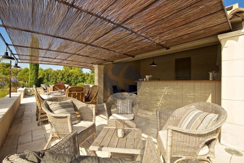 Charming property with Alpilles view
