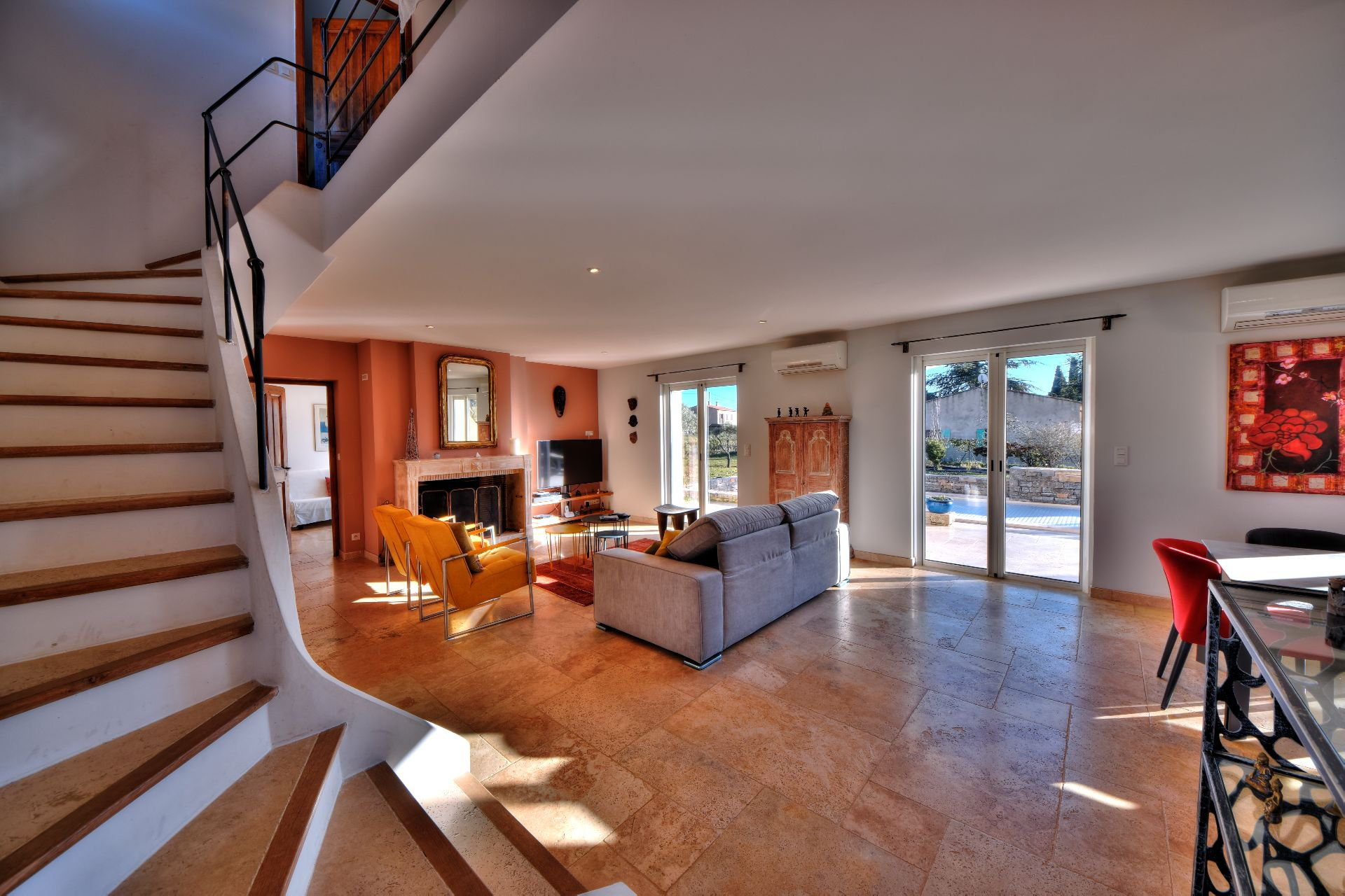 View of the staircase of the Bastide 4 bedrooms with swimming pool Aups, Var, Provence