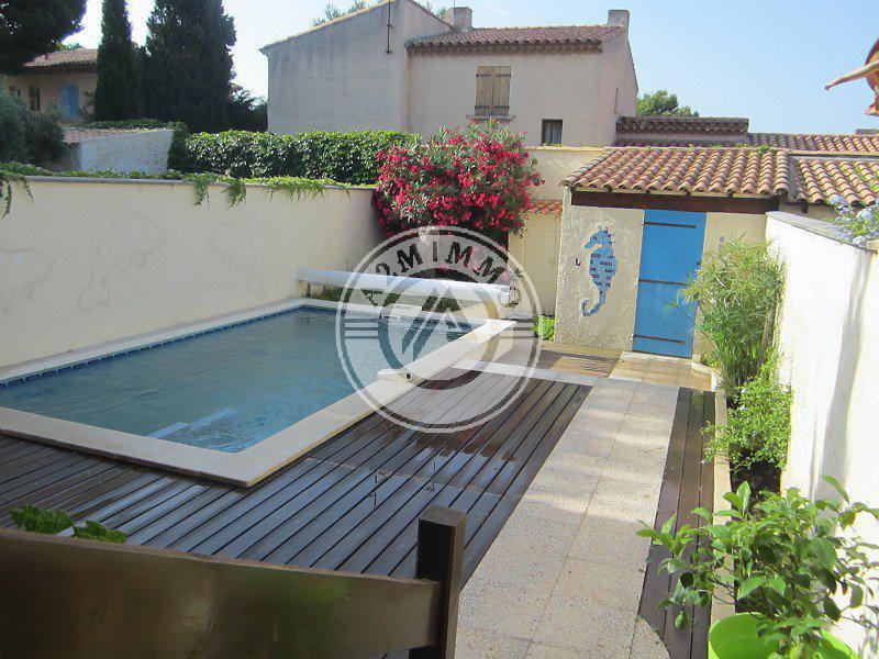 location saisonniere 6 personnes charmante villa bord de mer avec piscine et jardin