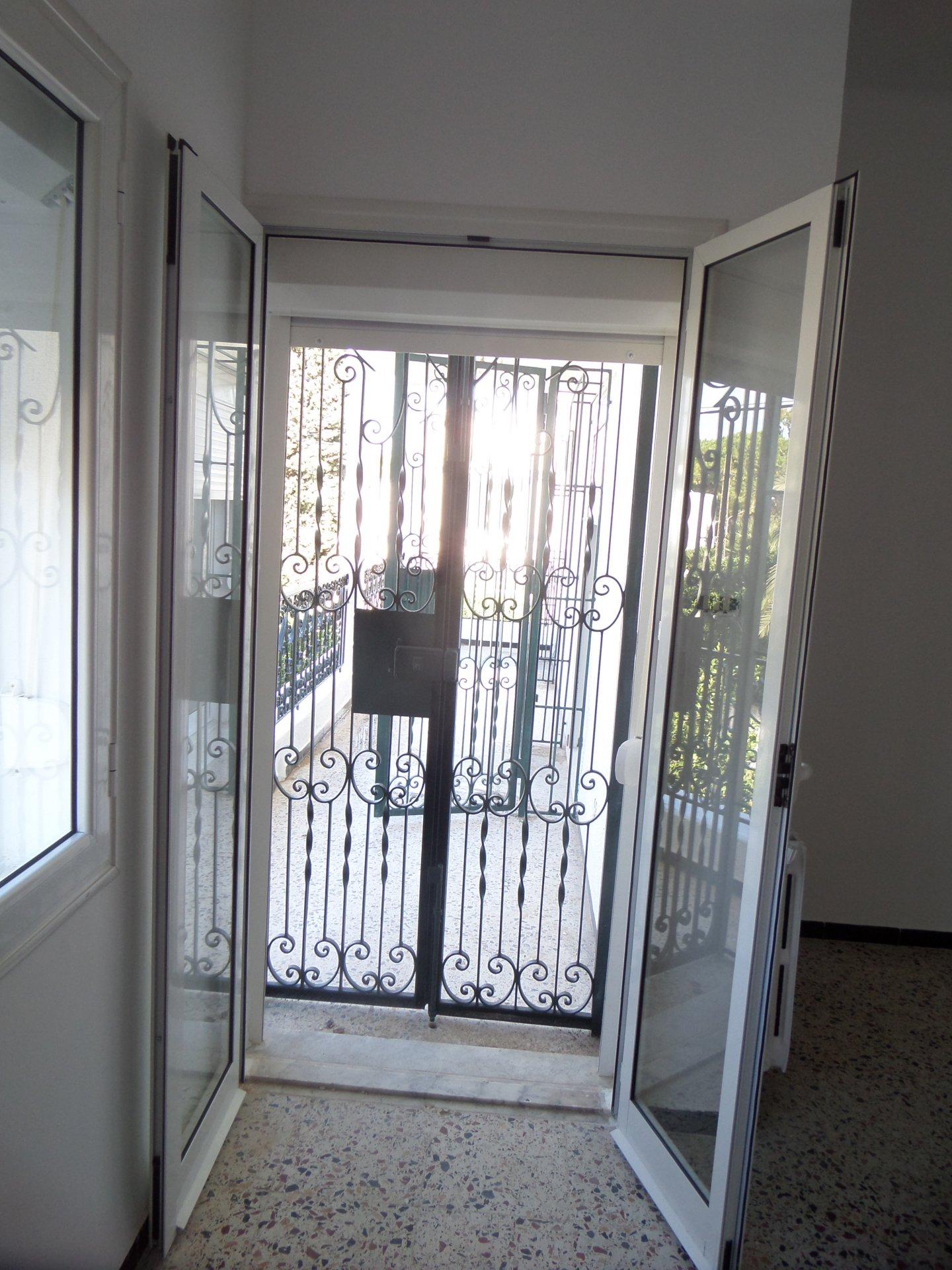 A louer un étage de villa à La Marsa