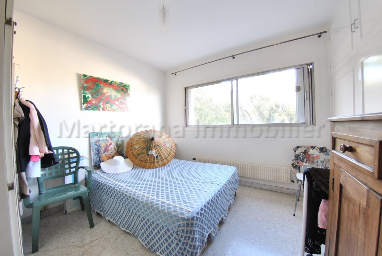 2/3 bedrooms apartment close from the city center
