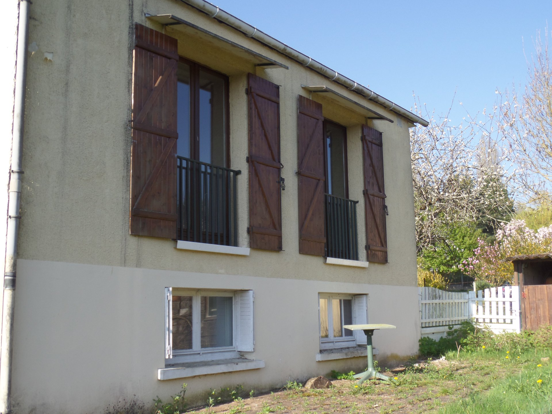 Sale House - St Julien Du Sault