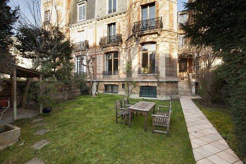 Voie privée Foch Paris 16e, hôtel particulier avec jardin