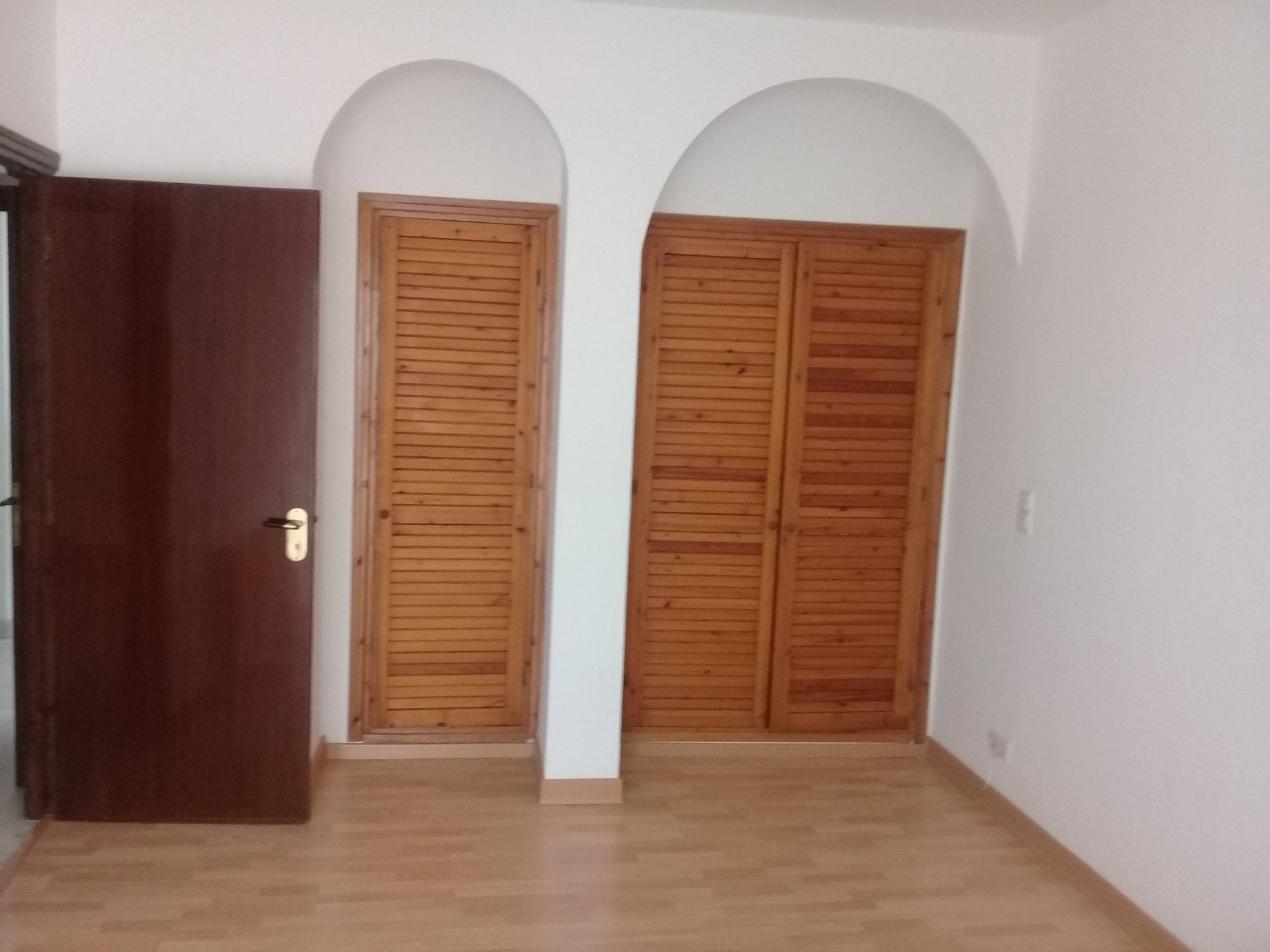 A vendre une villa de 1100 m² à La marsa