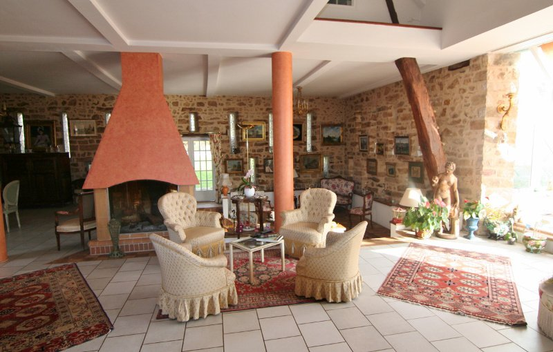 Sale Property - BRUYERES LE CHATEL