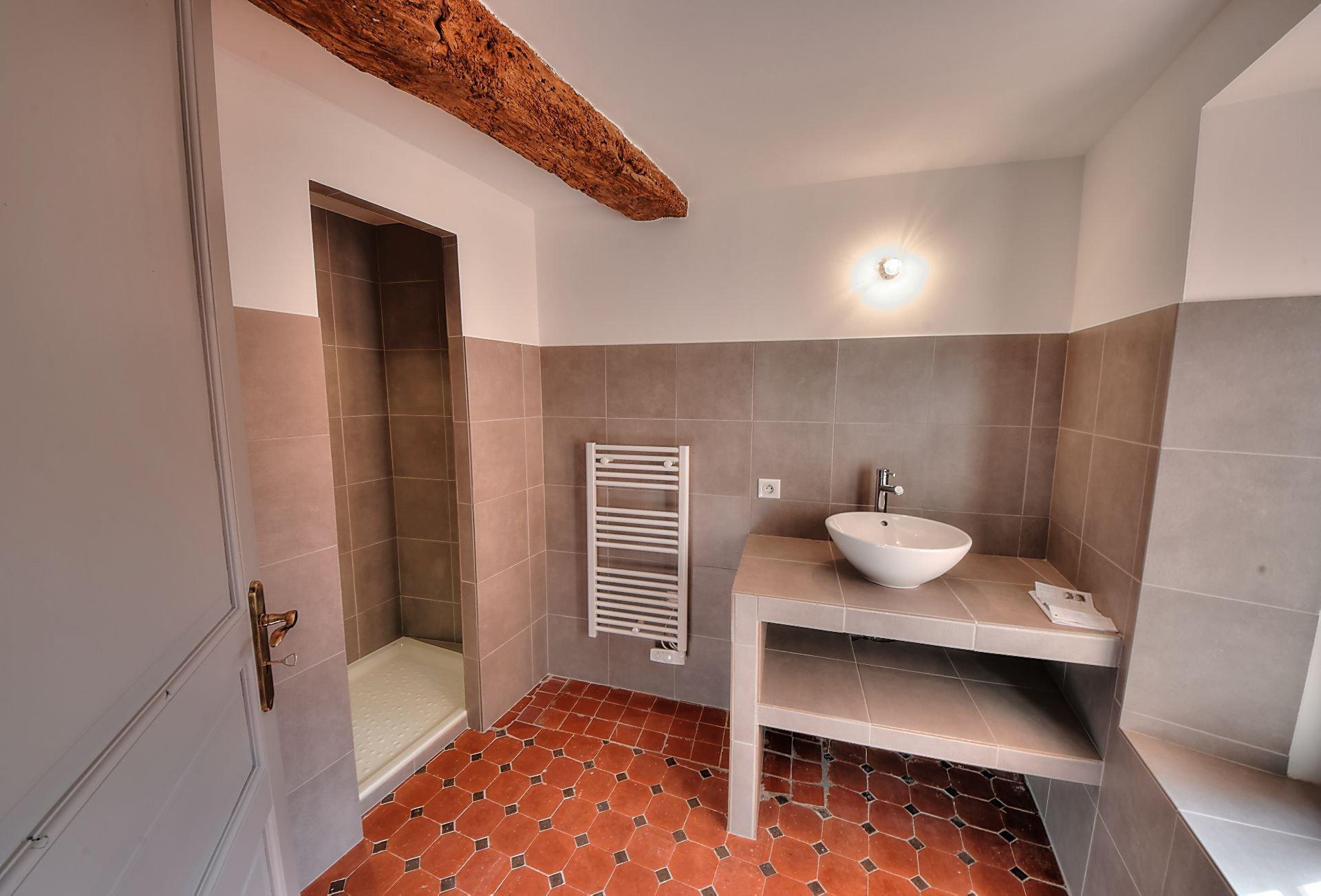 Salle de bain maison à vendre
