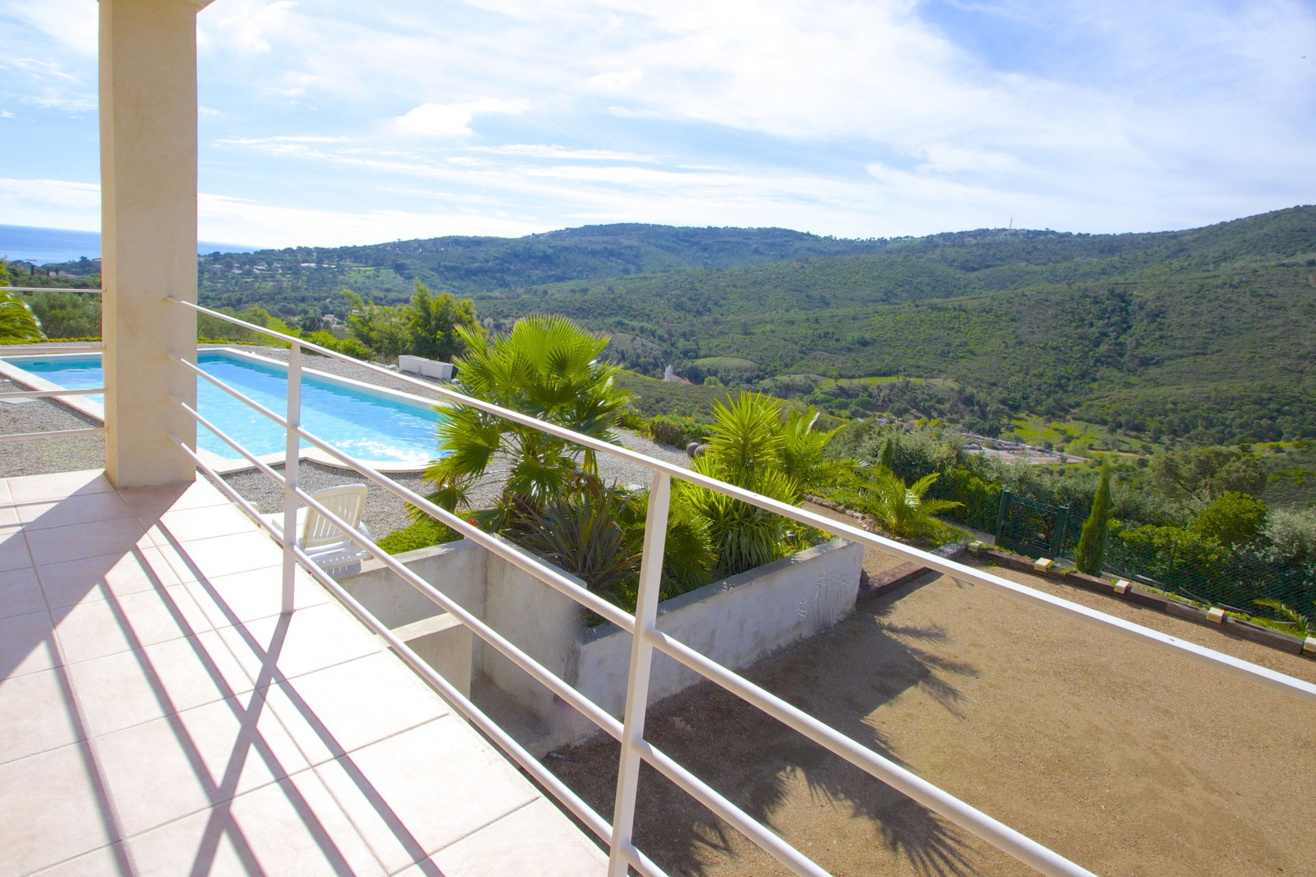 Modern Villa on the edge nature area  | Sea-View | Les Issambres