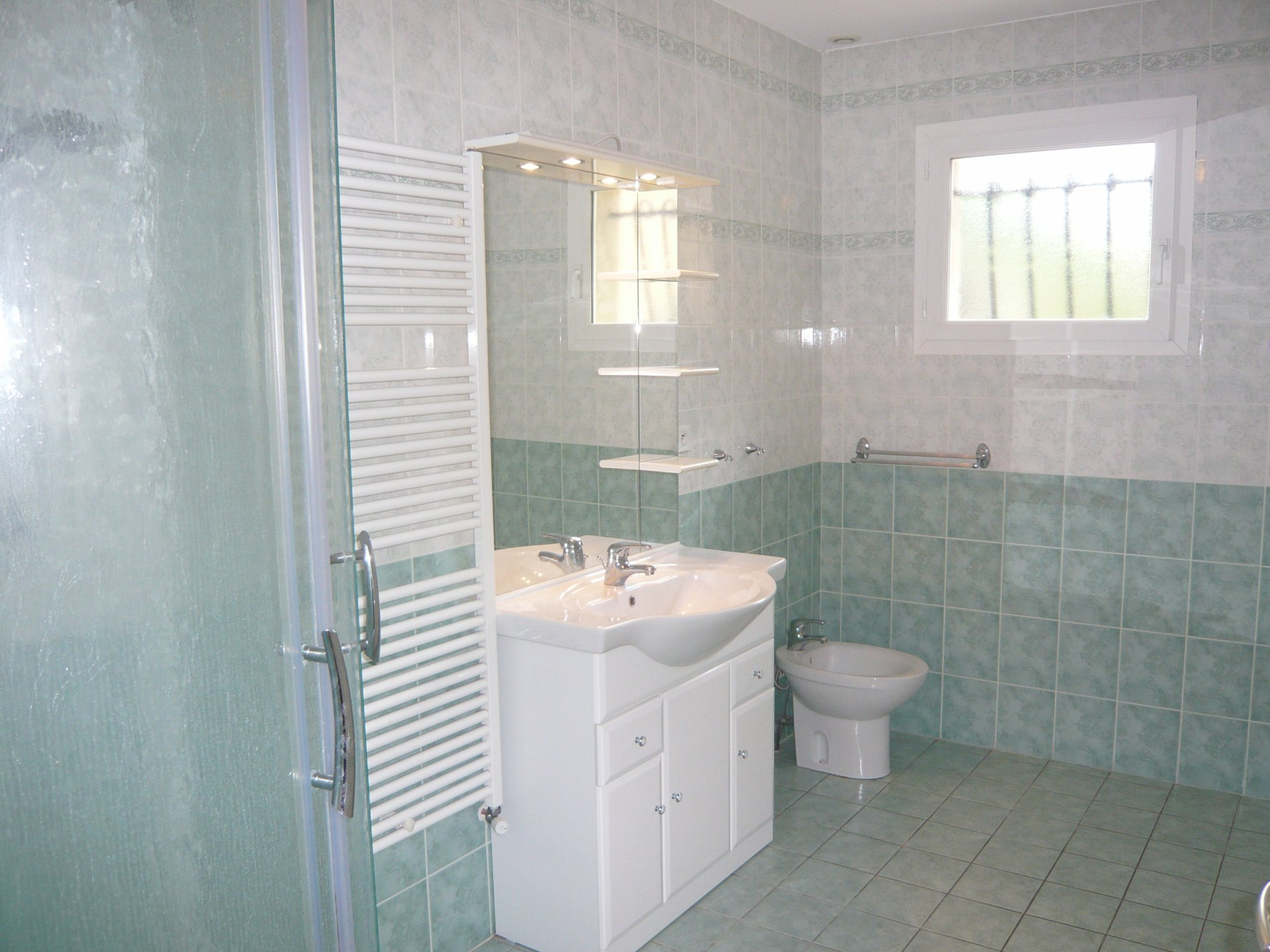 Salle de bains Lumière naturelle Carrelage