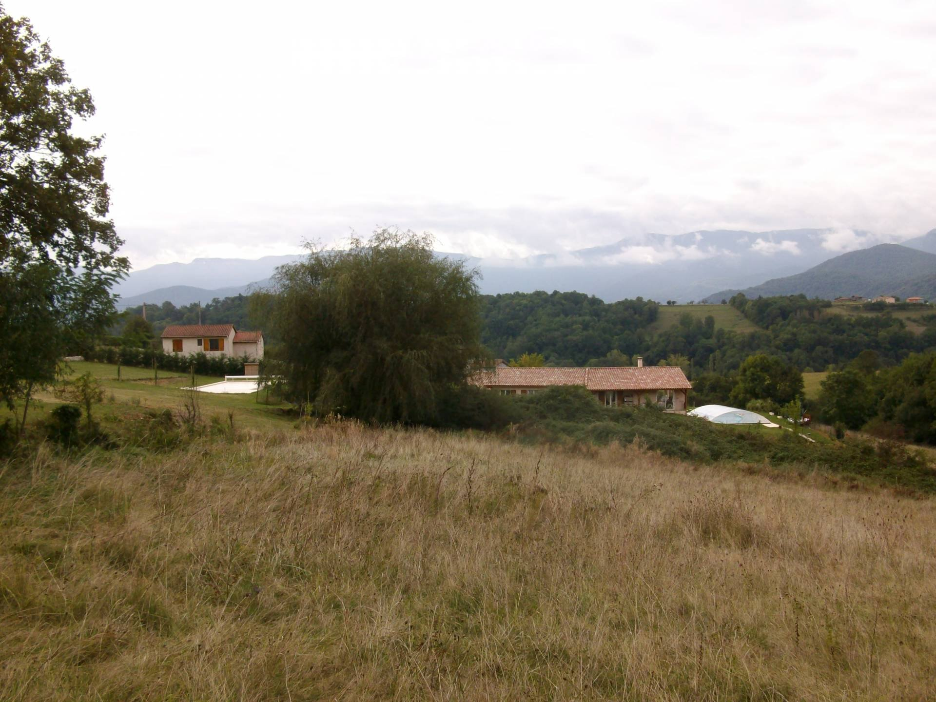 A stunning plot of land of 9615m² with permission to build 180m² villa with south facing views