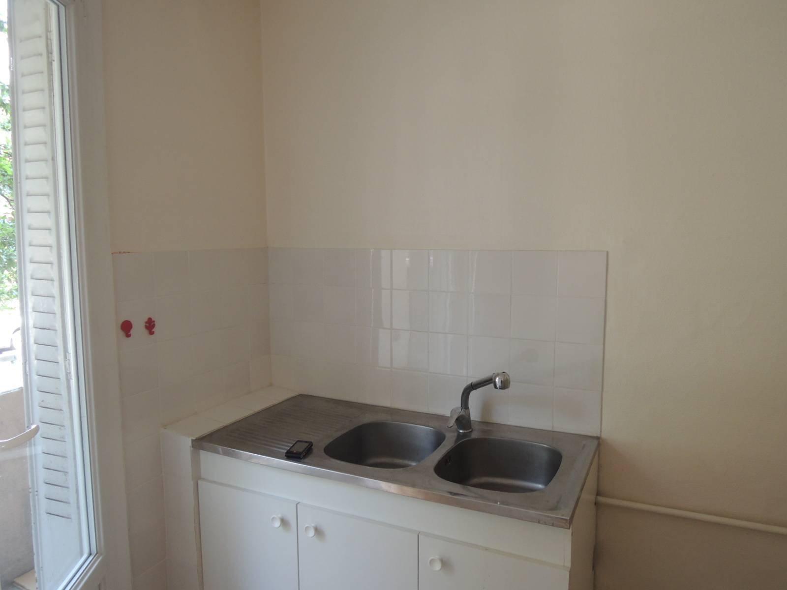 Rental Apartment - Grenoble Exposition-Bajatière