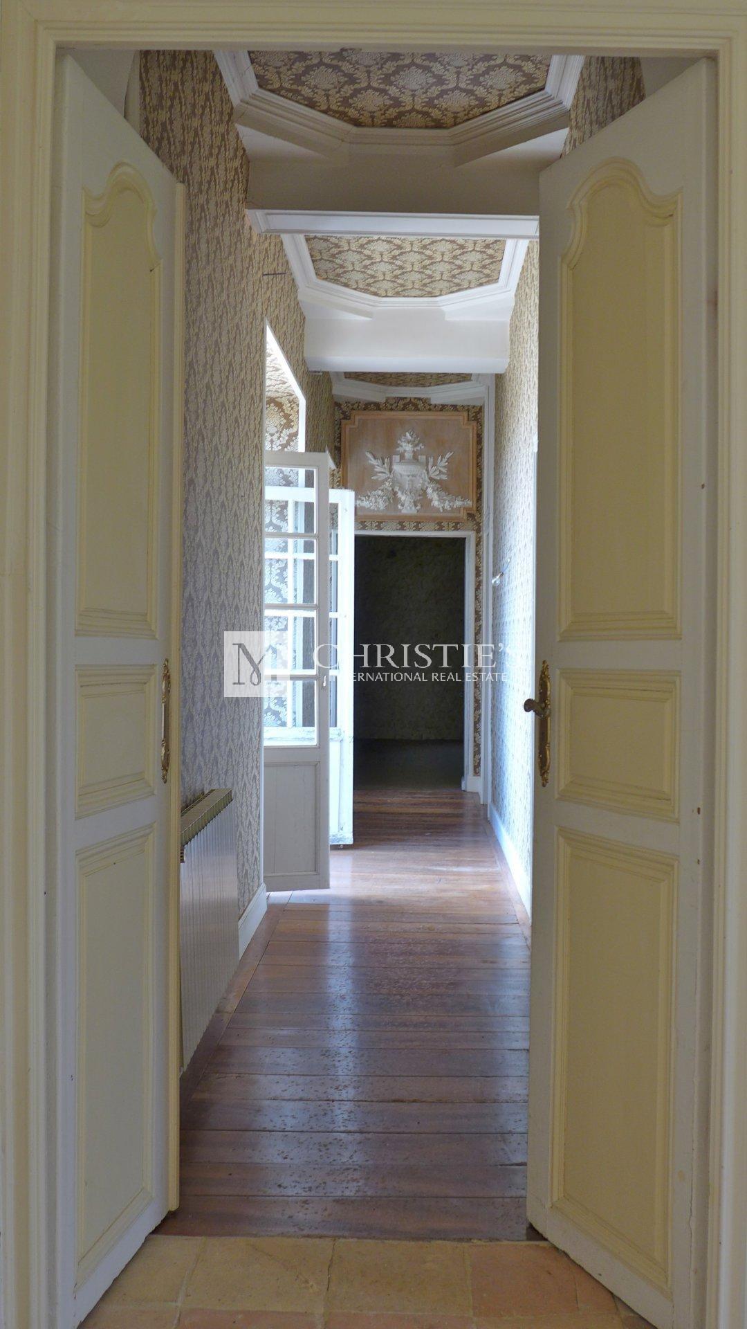 First floor hallway, parquet floor