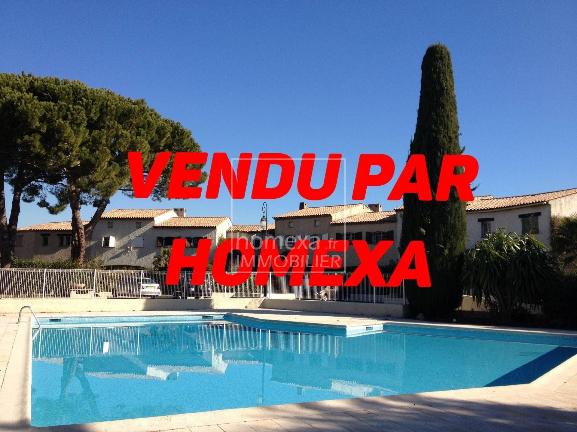 Vente villa Antibes : Vue piscine domaine