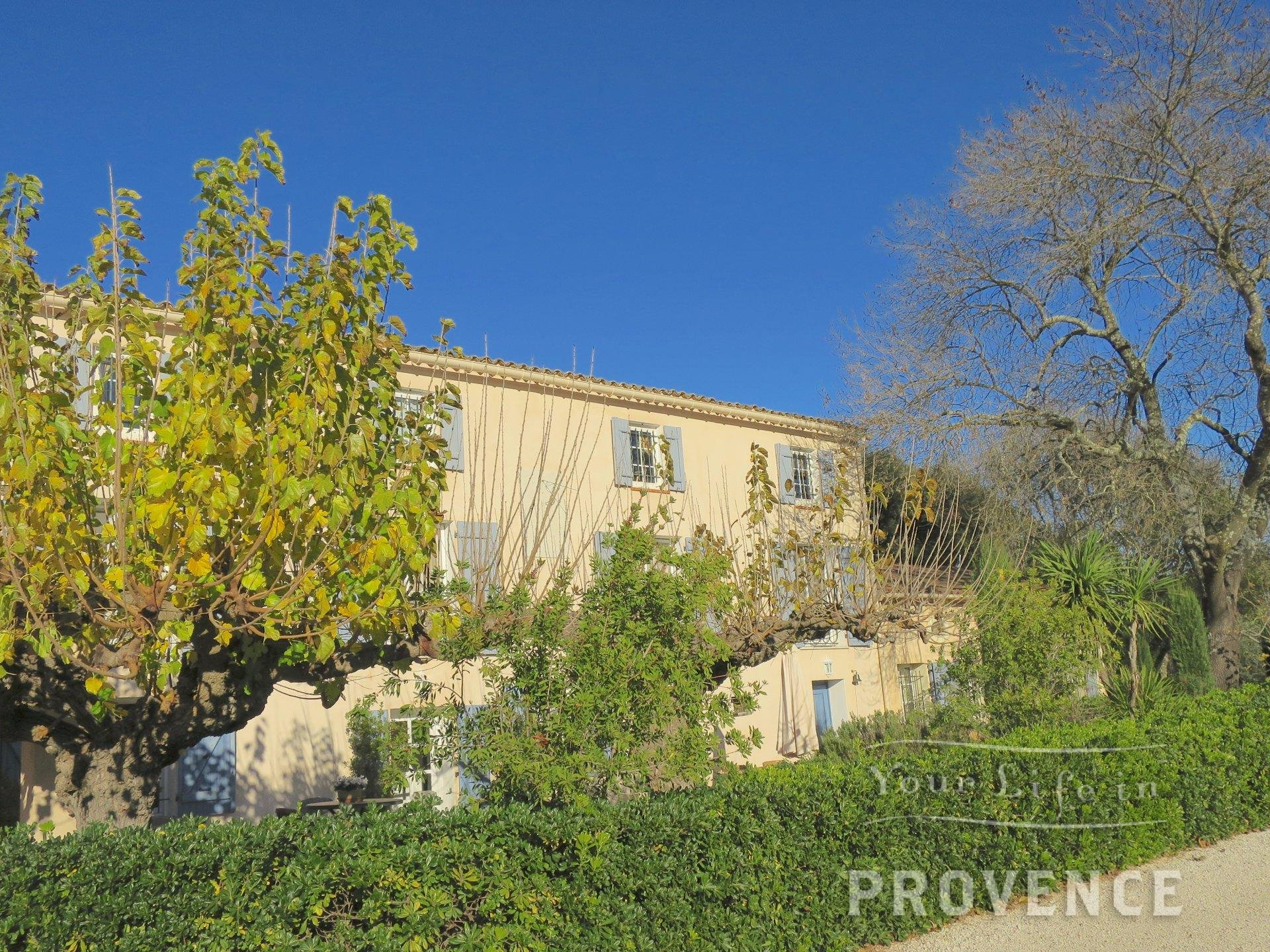 Exceptional Domaine with vines and Olive grove on the way to Saint-tropez