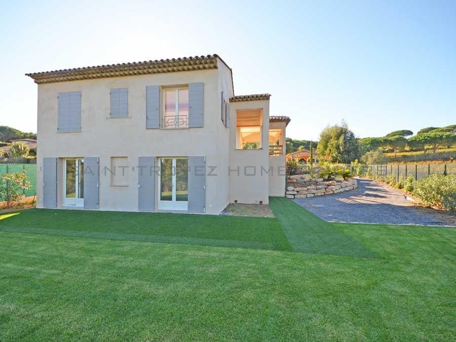 Renovated villa in a sought after area
