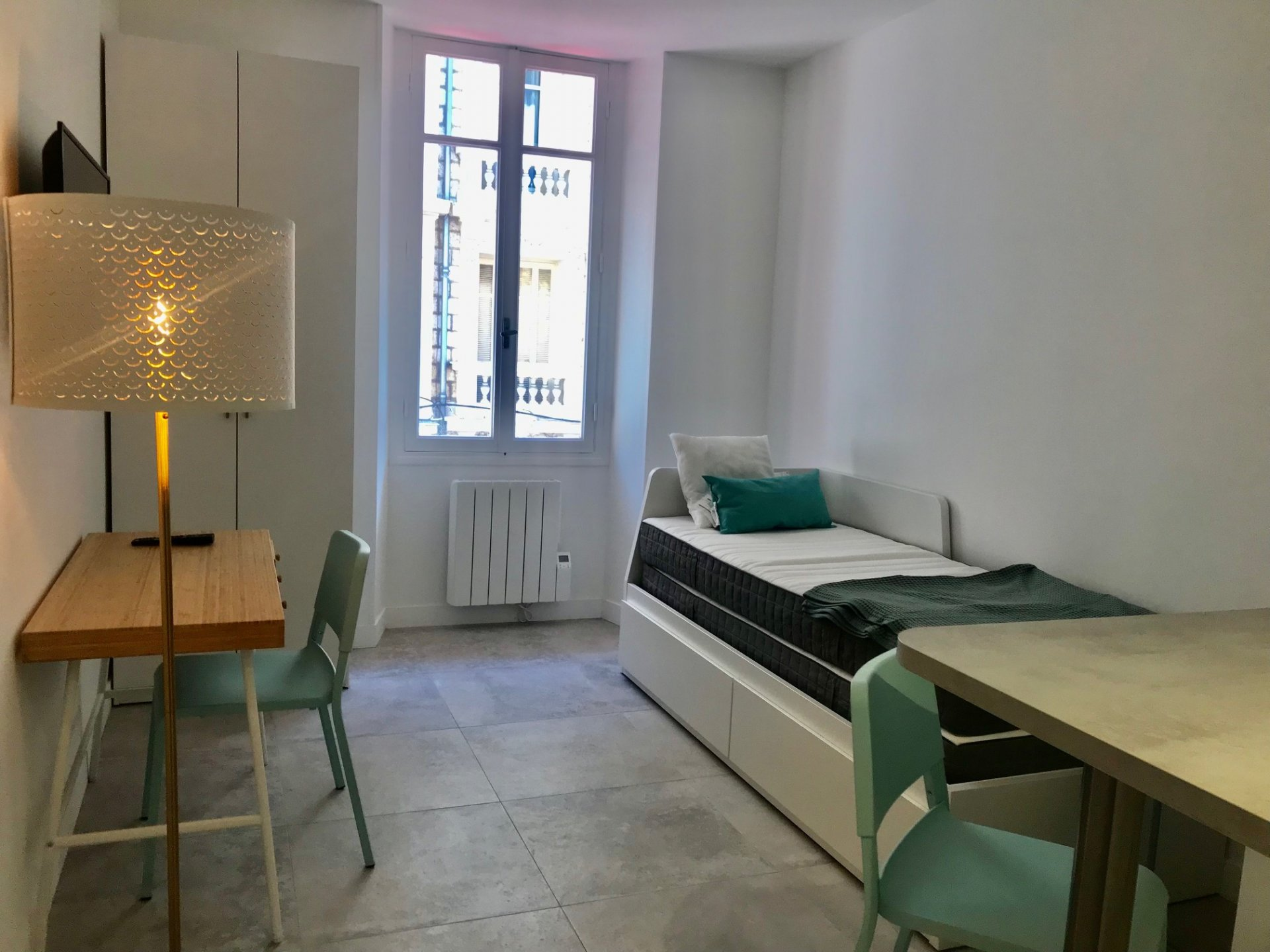 Studio meublé neuf Carré d'Or