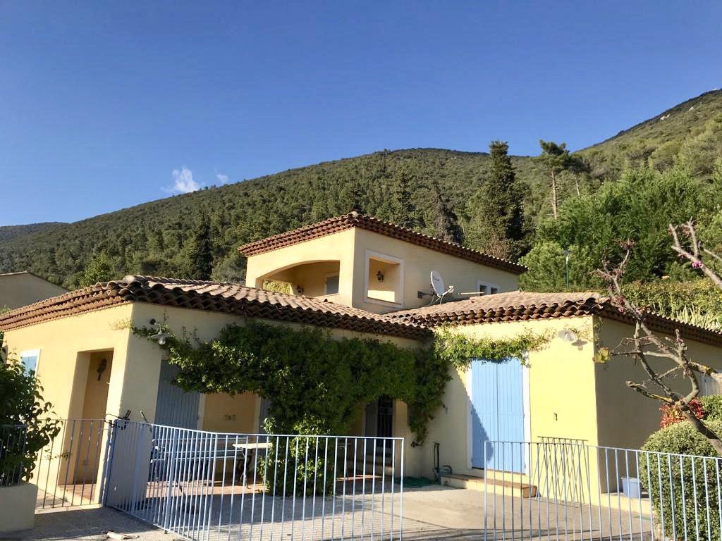 Levens, jolie maison néo-provençale