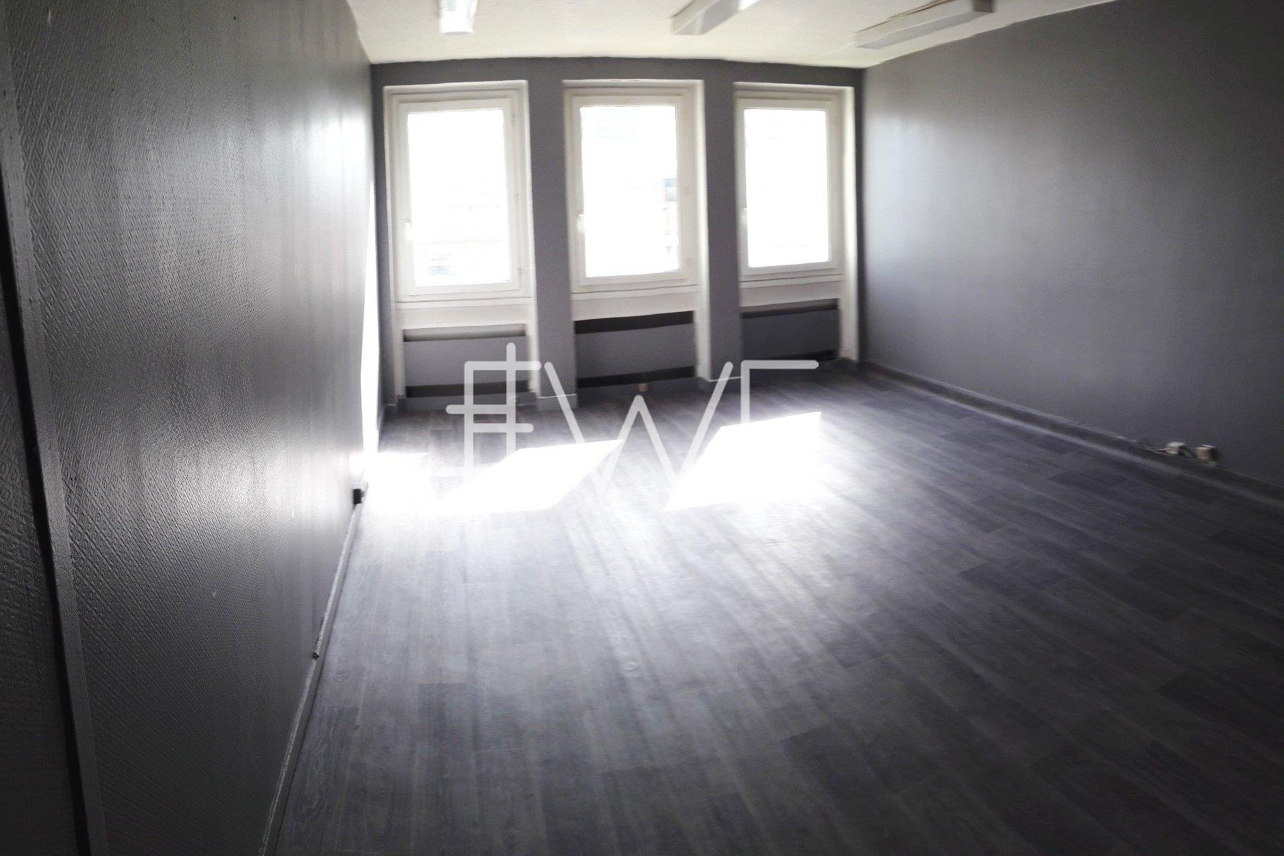 Bureau 30 m²
