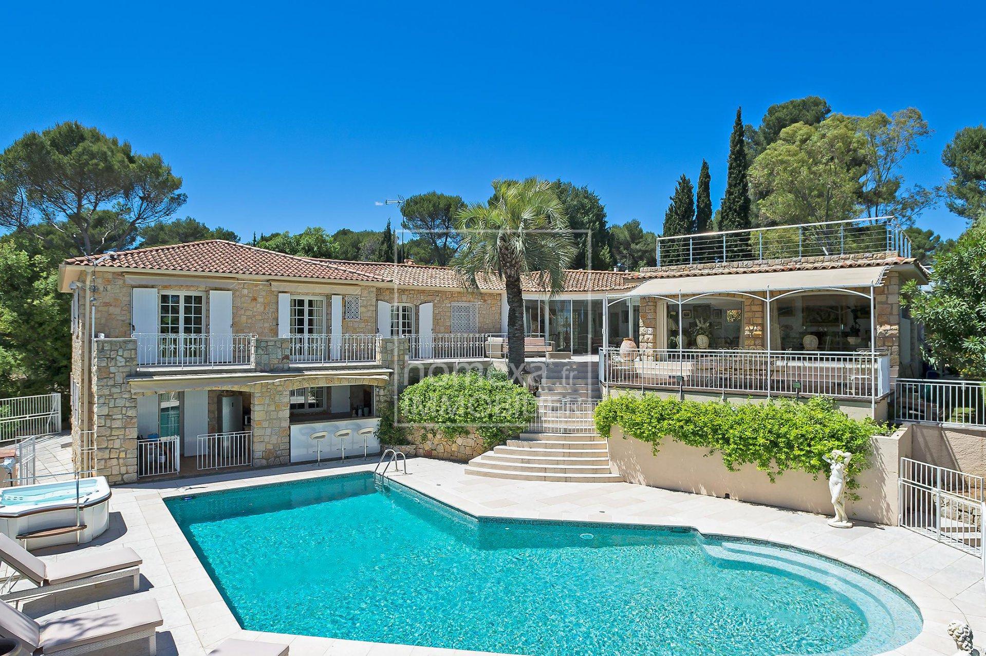 Vente Villa Biot - Luxueuse villa avec maison de gardien