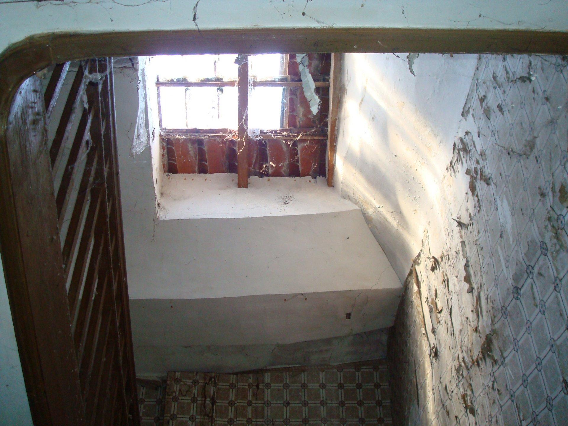 Maison de ville de 180 m² à rénover entièrement à Boulogne sur Gesse