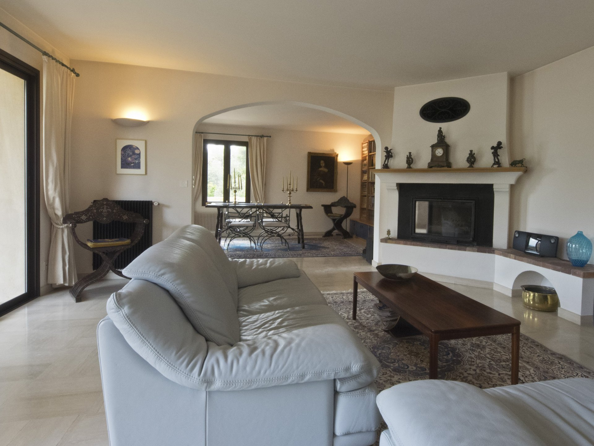 Pays de Fayence property on 1,1ha panoramic view 800m from the village
