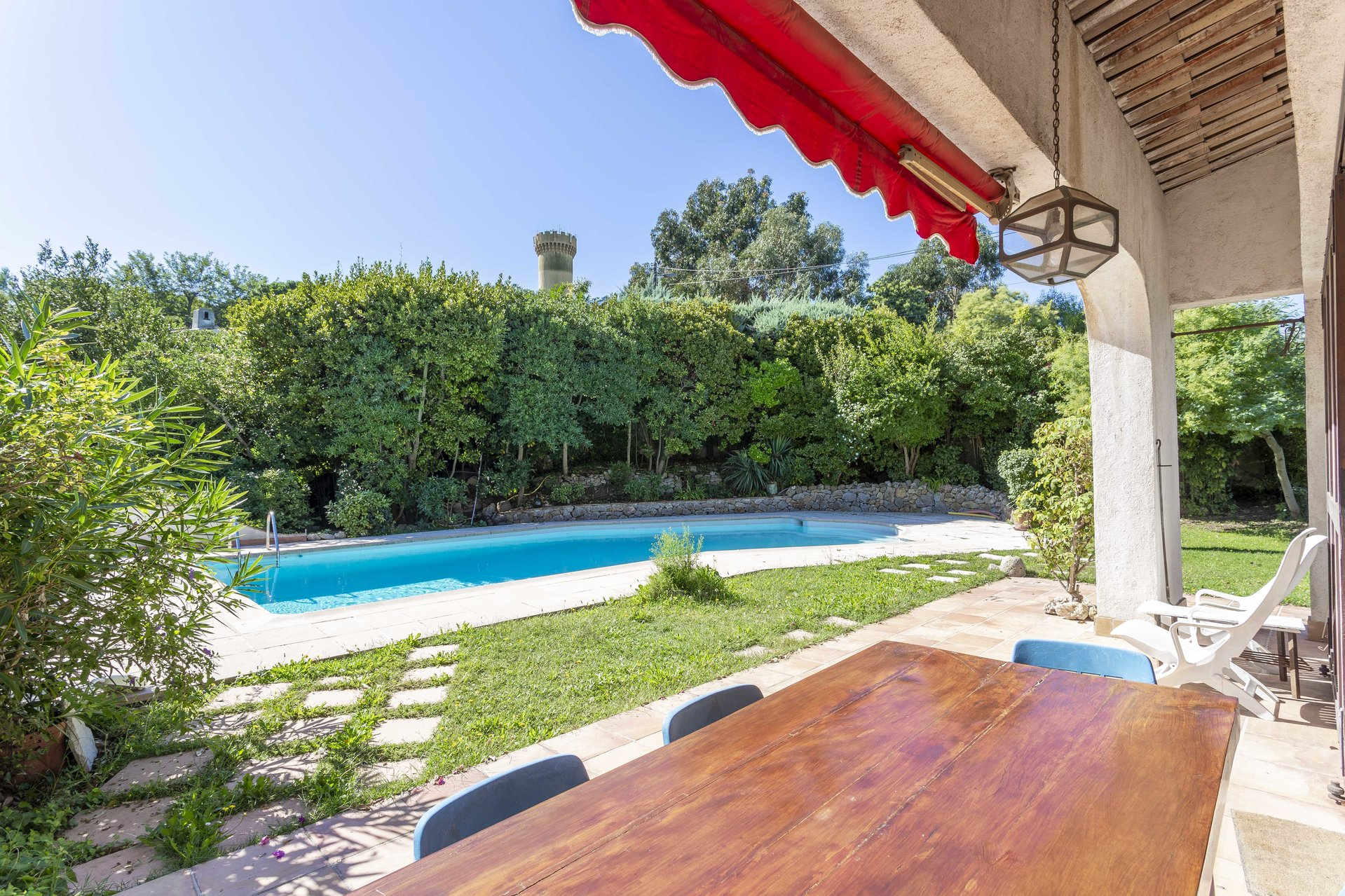 SUPER CANNES - PLEASANT PROVENCAL VILLA